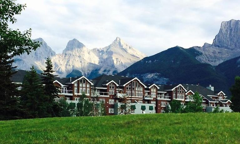 Hotel Sunset Resorts Canmore Room Rates From 193
